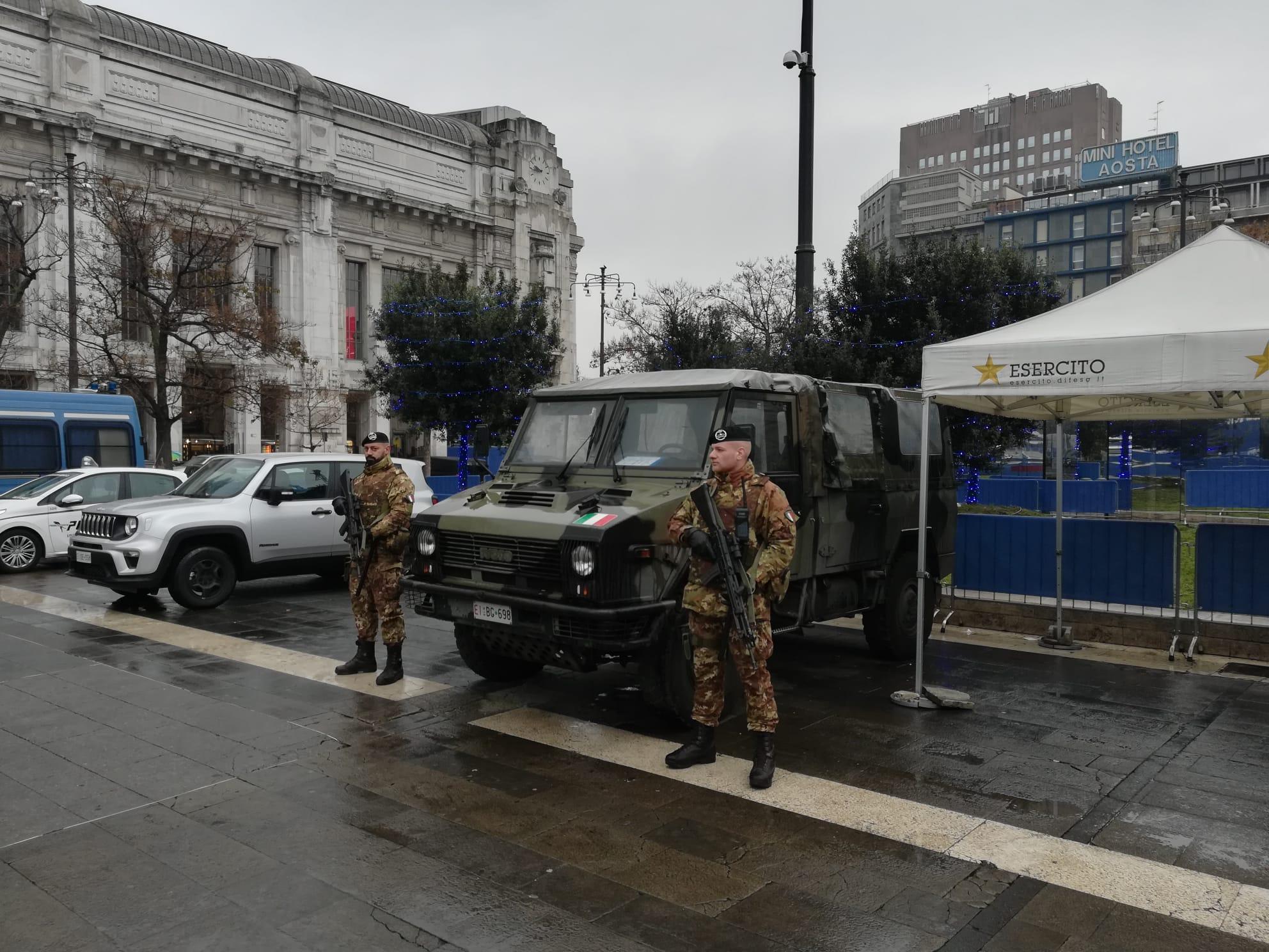 Sicurezza, interviene l'Esercito in Piazza Duca d'Aosta ...
