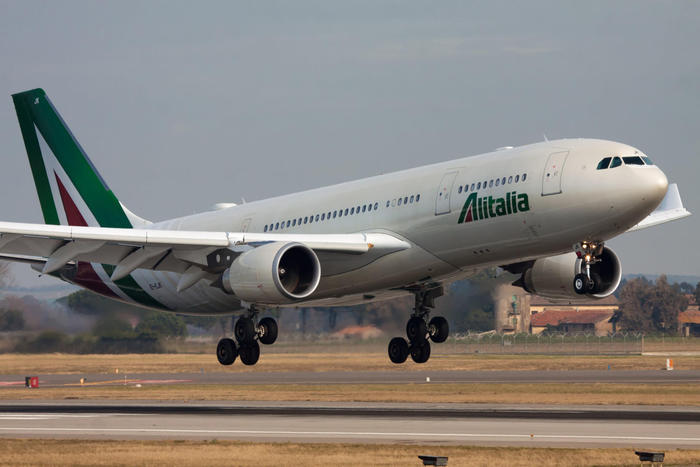 Alitalia saluta Malpensa, cancellati gli ultimi due voli per Roma